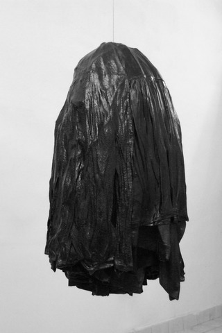 BLACK CLUSTER II, 2014, clothes, wax, steel wire, 96x62x62 cm